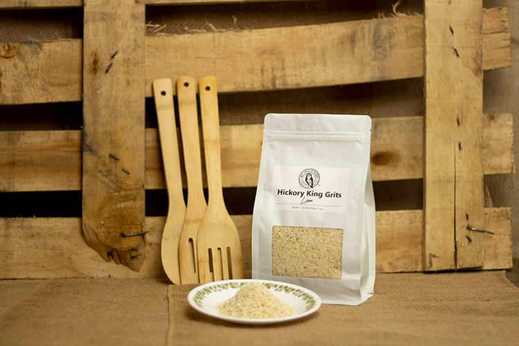 Organic Heirloom Grains - Hickory King Grits